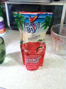 picture of Parrot Bay strawberry daquiri package.
